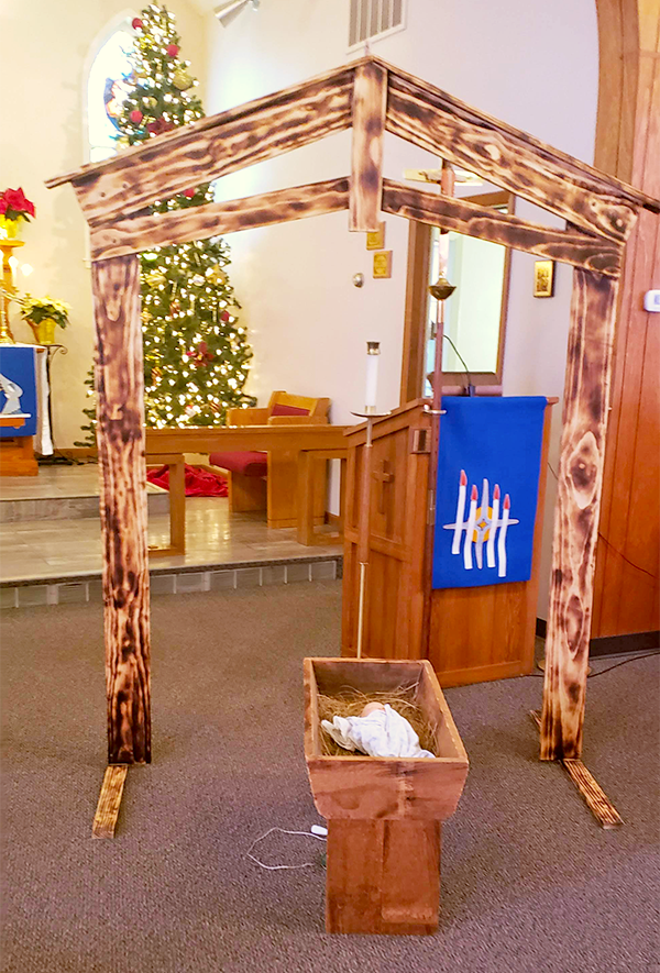 Trinity Murdock advent manger