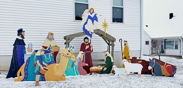 Trinity Murdock nativity snow
